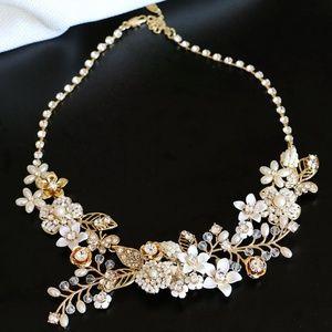 NEW Miriam Haskell Flower Bib Necklace